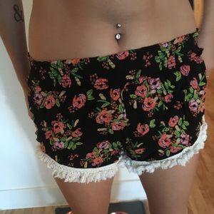 natural life stretch shorts